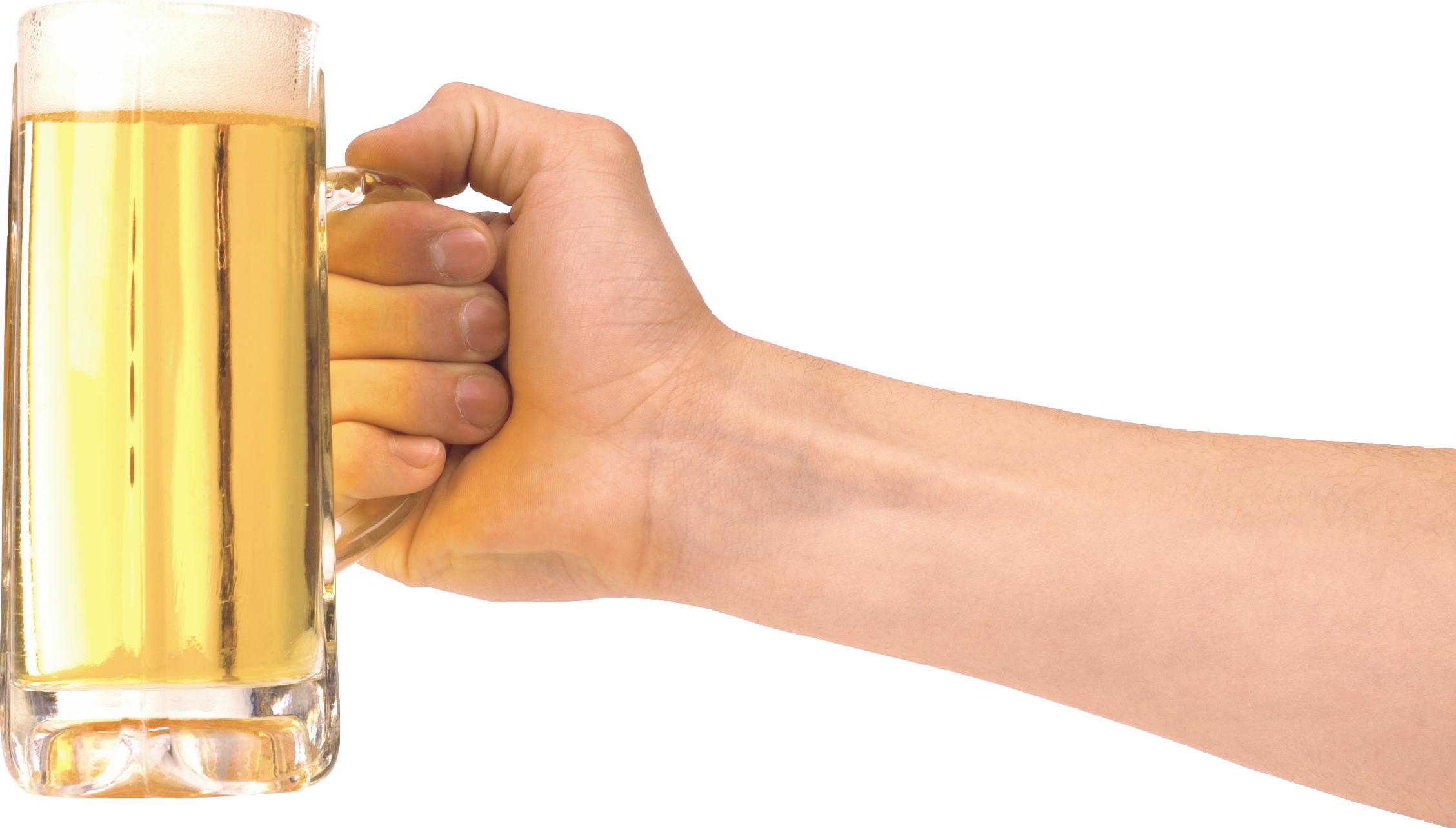 Пиво кружка в руке PNG фото