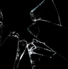 Broken glass PNG